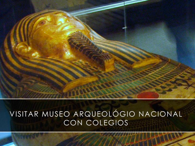 Museo Arqueológico Nacional con colegios
